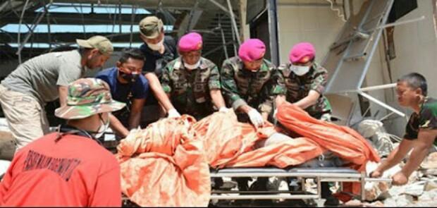 53 Korban Gempa dan Tsunami di Palu Dimakamkan Secara Massal