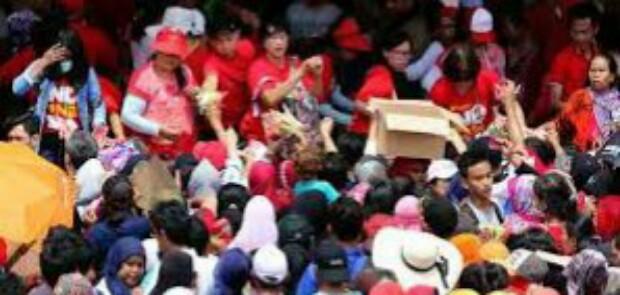 LMK Pademangan Pastikan 2 Warganya Tewas Akibat Pembagian Sembako di Monas