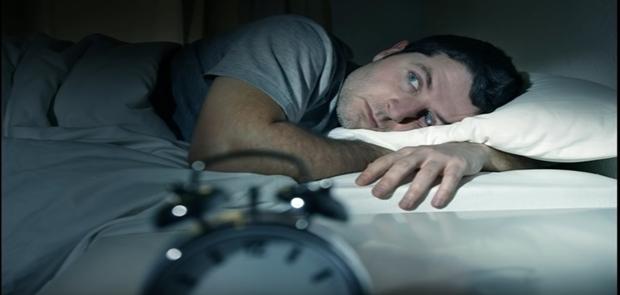 Susah Tidur Hindari Makanan dan Minuman ini