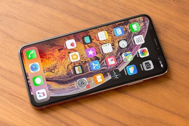 Lesunya Penjualan iPhone Bikin Pendapatan Apple Anjlok
