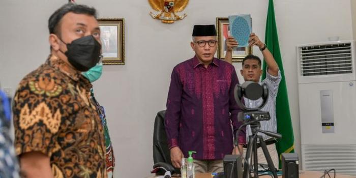 Gubernur Nova Jadi Saksi Persidangan Terdakwa Ujaran Kebencian Abu Malaya