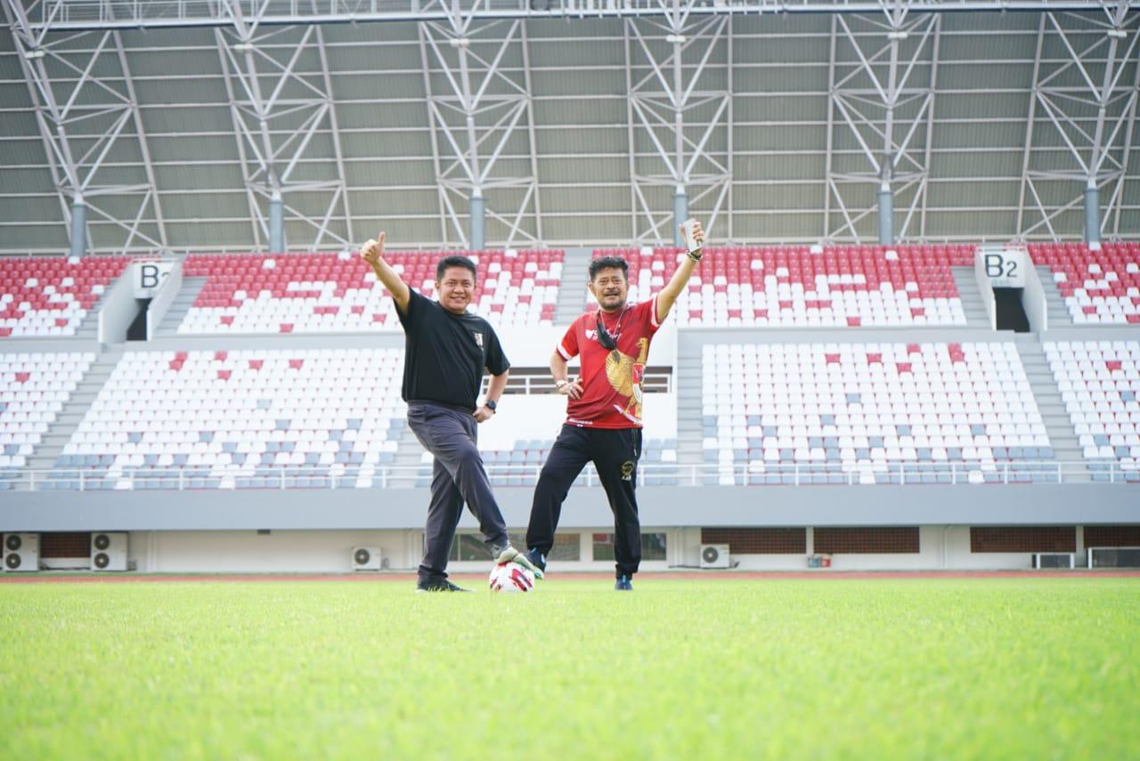 HD dan Mentan Olahraga Bersama serta Melihat Kesiapan Sumsel Sebagai Tuan Rumah Piala Dunia FIFA U21