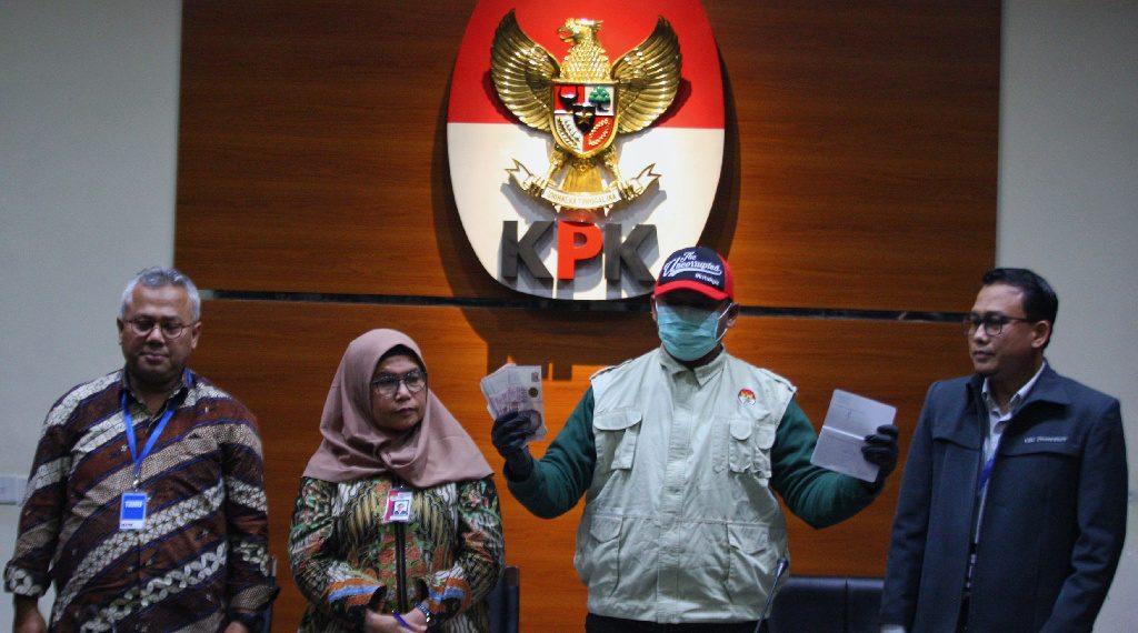 Kasus OTT Komisioner KPU Kalah Wah Ketimbang Dugaan Suap Aziz Syamsudin