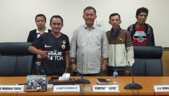 Di Demo Koalisi Anak Jakarta, Ketua DPRD Jakarta Janjikan Pembangunan Stadion BMW Secepatnya
