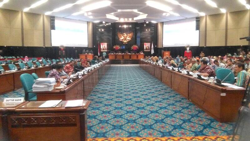 DPRD Setujui Anggaran Rp 13 Miliar untuk Tertibkan 130 Reklame Bodong