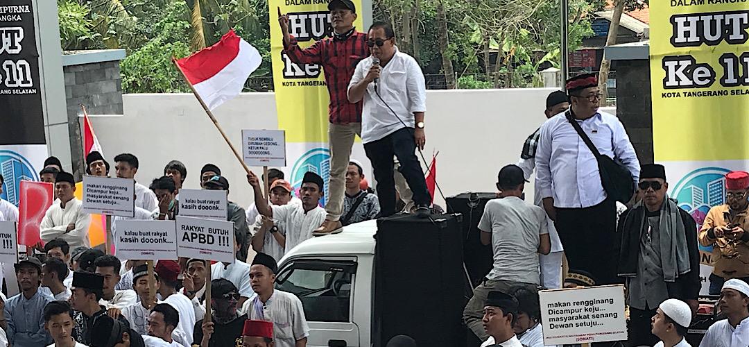 Beberapa Massa Aksi di DPRD Tangsel Ngga Tau Materi Demo, Kok Bisa.?