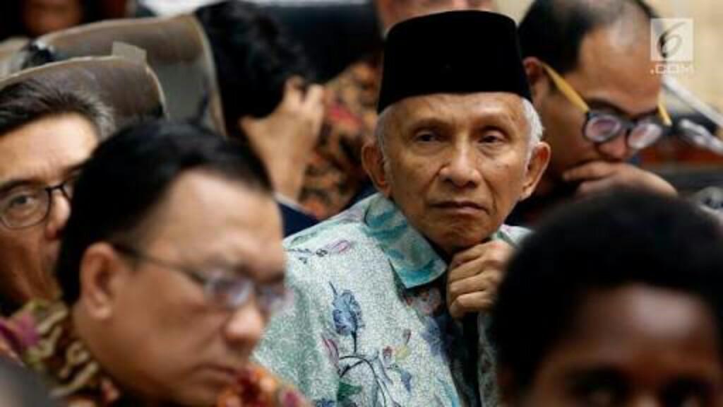Amien Rais Minta Jokowi Copot Kapolri Tito Karnavian