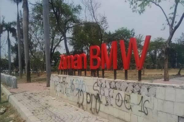 Tangani Sengketa Lahan Stadion BMW, Pemprov DKI Tunjuk Denny Indrayana