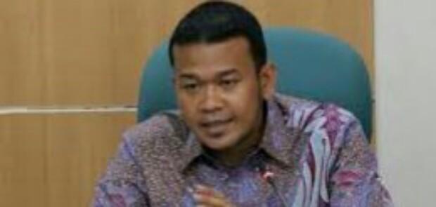 Ketua Komisi A Ancam Laporkan Kepala DPM-TPST ke Anies
