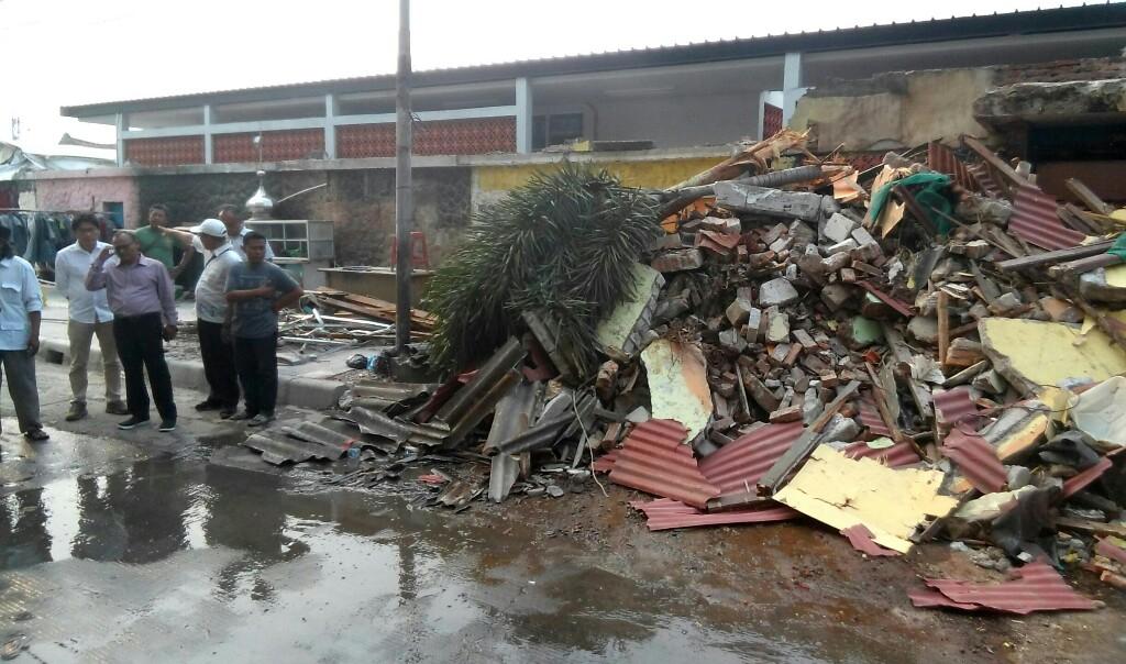 Sekolahnya Dibongkar, Siswa PAUD Tunas Bina Terpaksa Belajar di Masjid
