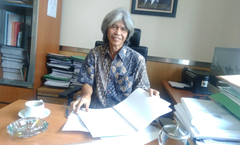 Komisi C Minta Anies Merespon Hilangnya Zonasi dalam Perda Perpasaran