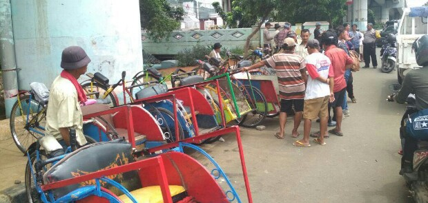 Becak Daerah Serbu Jakarta, Taufik: Itu Bermuatan Politik