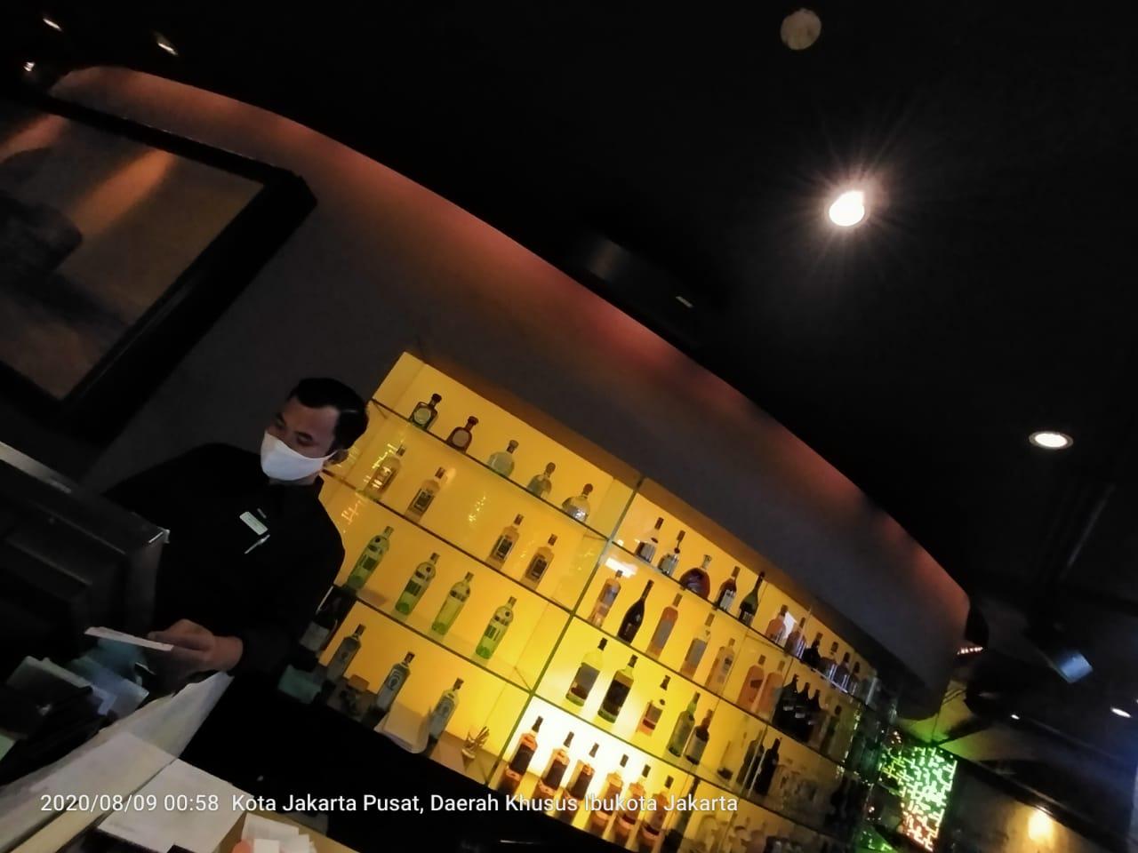 Gelar Live Music, Bar Hotel Shangri-La Disegel