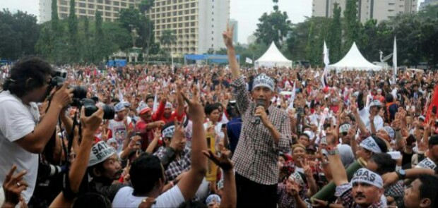 Polri SP3 Kasus Chat Mesum Habib Rizieq, Pendukung Jokowi Ancam Golput di 2019