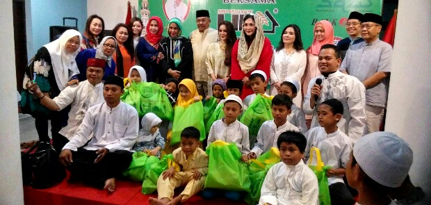 DPP LIRA Bukber dan Santuni 50 Anak Yatim