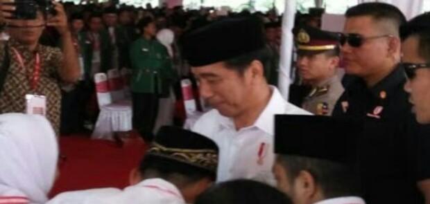 Jokowi Janjikan Gaji Penyuluh Agama Naik 2 Kali Lipat