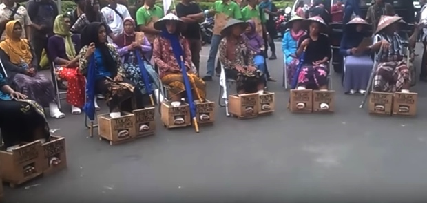 Salah Satu Perserta Aksi Demontrasi Kaki di Pasung Semen Meninggal