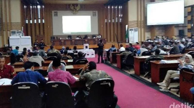 Saksi Prabowo-Sandi Tolak Teken Hasil Rekapitulasi Suara Pilpres Oleh KPU