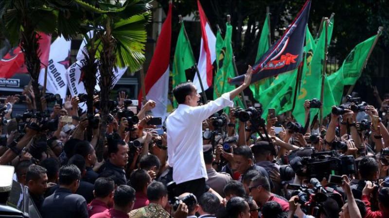 Jokowi Janjikan Ekonomi Tumbuh 7,2 Persen, Warganet Mencemooh