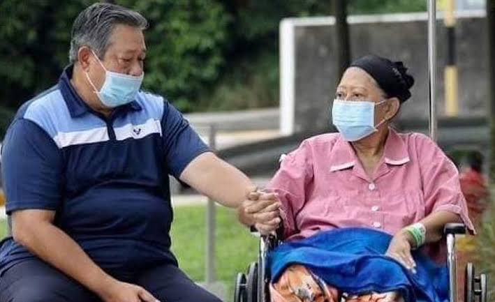 Innalillahi Wa Inna Ilaihi Rojiun, Ani Yudhoyono Tutup Usia