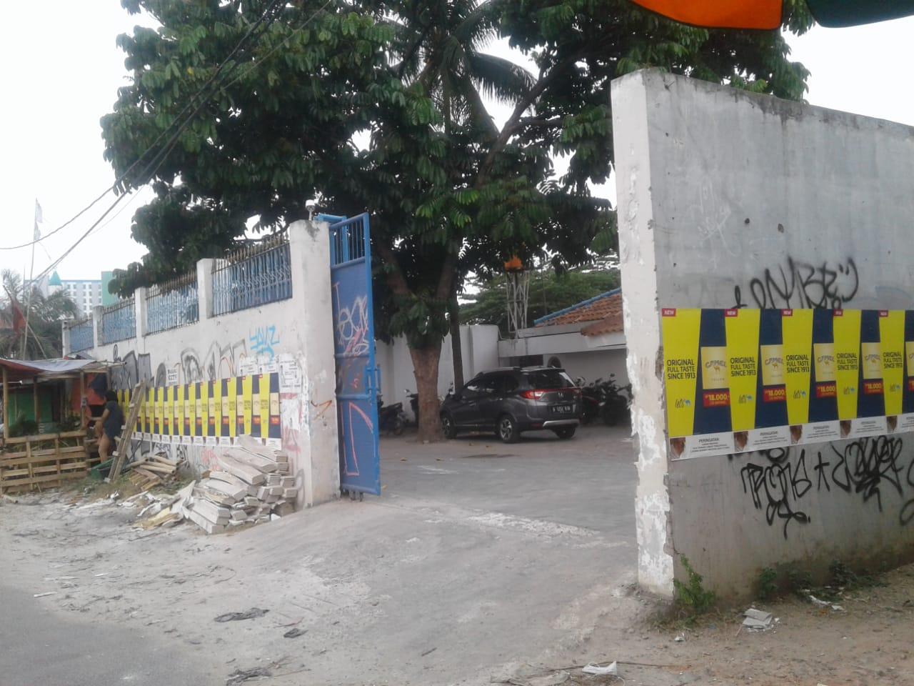 Wow.! Pemilik Gudang Semen Di Ciputat Ini Kantongi NIB dan SKDU Seumur Hidup