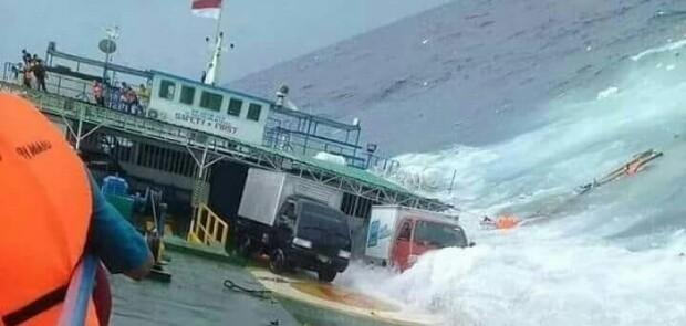Kapal Ferry Tenggelam di Selayar, 13 Penumpang Telah Dinyatakan Tewas