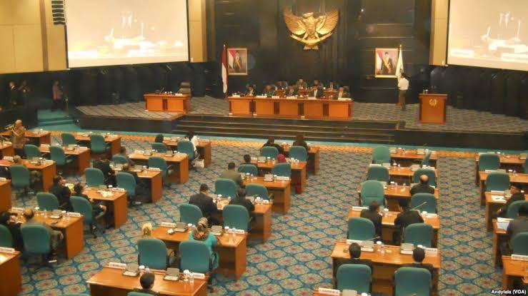 Diduga Minus Kehadiran, Misan Samsuri Diragukan Duduki Kursi Pimpinan Dewan