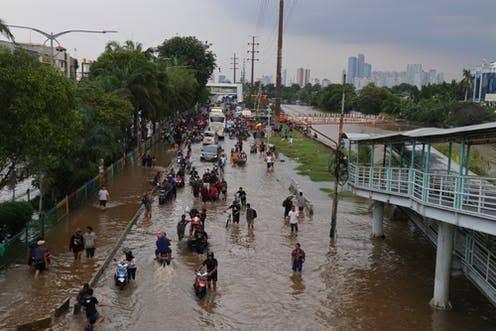 PSI Minta Anies Siapkan Jurus Cegah Banjir Ketimbang Urusi Toa
