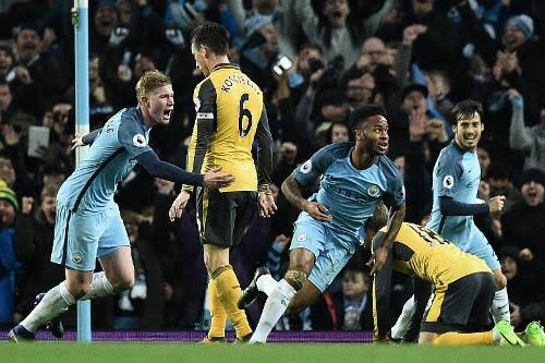 Jadwal Siaran Langsung Sepak Bola : ManCity vs Arsenal, Barca vs Valencia