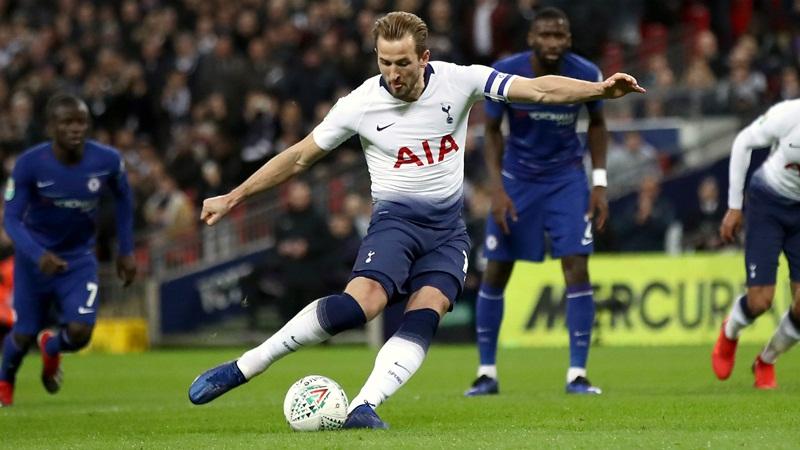 Penalti Kane Bawa Spurs Menang Tipis Atas Chelsea