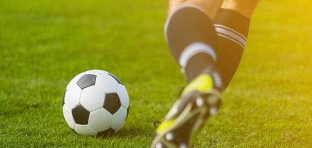 Jadwal Siaran Langsung Sepakbola Minggu Malam - Senin Dini Hari WIB