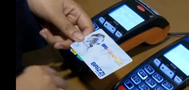 BI Tetapkan Biaya Top Up E-Money Maksimal Rp 1.500