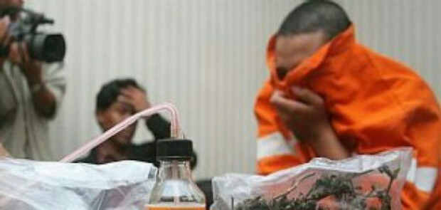 Ngisap Kokain di Toilet Restoran, Cucu Konglomerat Ditangkap