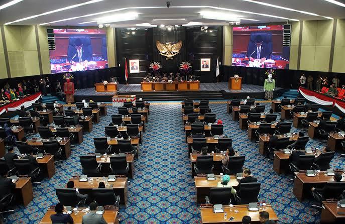 Tok... DPRD DKI Jakarta Mengesahkan Perda Penanganan Covid-19
