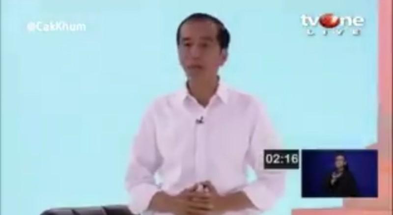 Jokowi Dicurigai Dibantu KPU dan Gunakan Alat Bantu Dengar Canggih