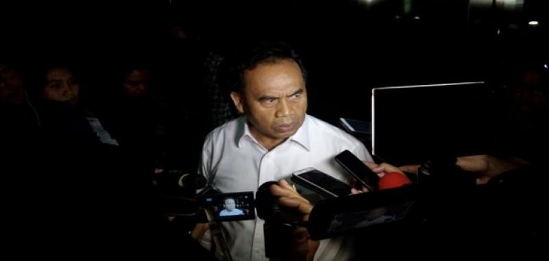 Sekretaris Daerah DKI Jakarta Saefullah di Periksa KPK Terkait Reklamasi Jakarta.