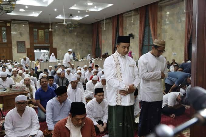 Anies Dukung Program Magrib Mengaji dan Subuh Berjamaah