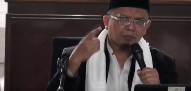 Diperiksa Polisi Ustad Alfian Tanjung Tegaskan Komunisme Masih Hidup
