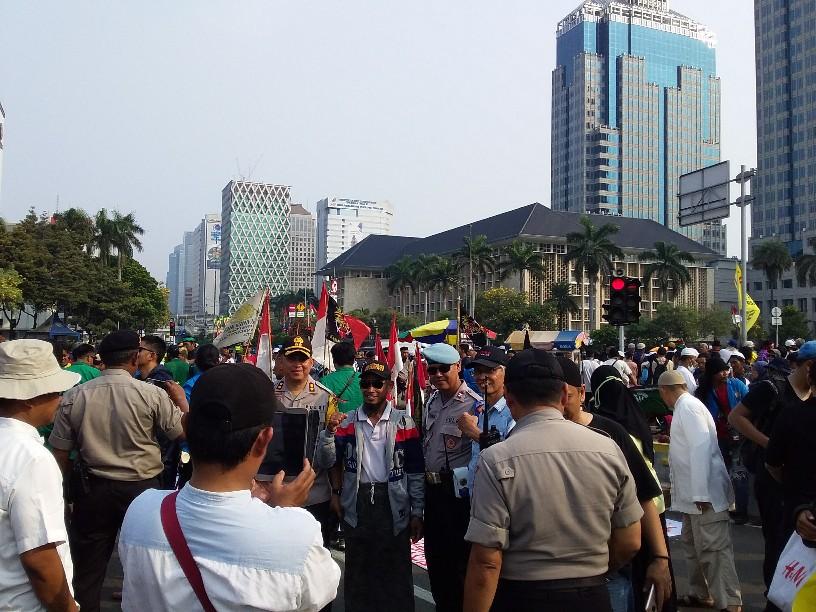 Pendemo MK Keracunan, Koordinator Massa Tuding Ada Pihak Manfaatkan PKL