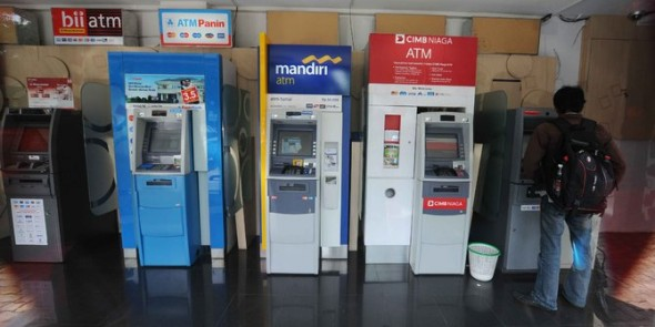 Biaya Transaksi Antar Bank Akan Turun