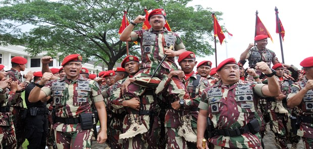 Panglima TNI Terima Brevet Komando Sebagai Warga Kehormatan Kopassus
