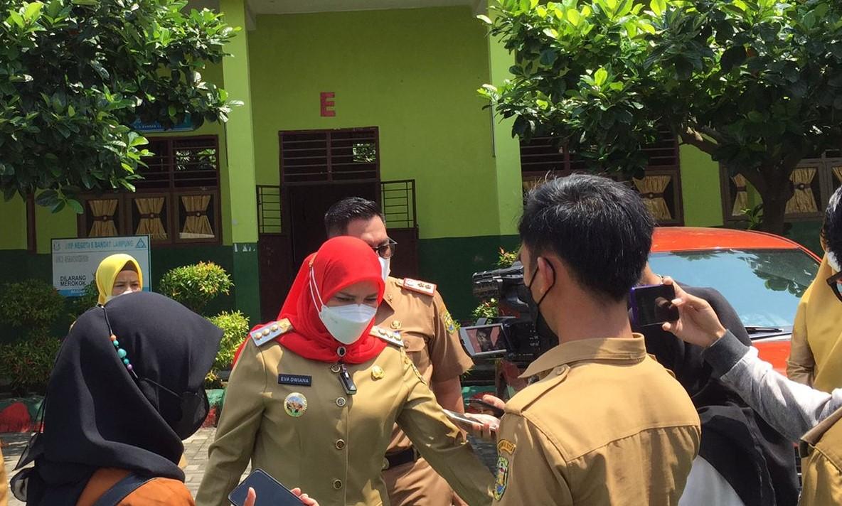 Walkot Hj. Eva Dwiana: Penambahan Sekolah PTM, Tunggu Satu Bulan