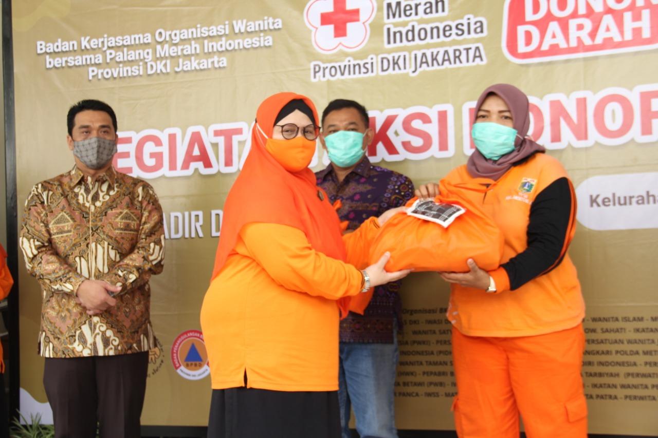BKOW Gelar Donor Darah, Istri Wagub: Kondisi Jakarta Mengkhawatirkan