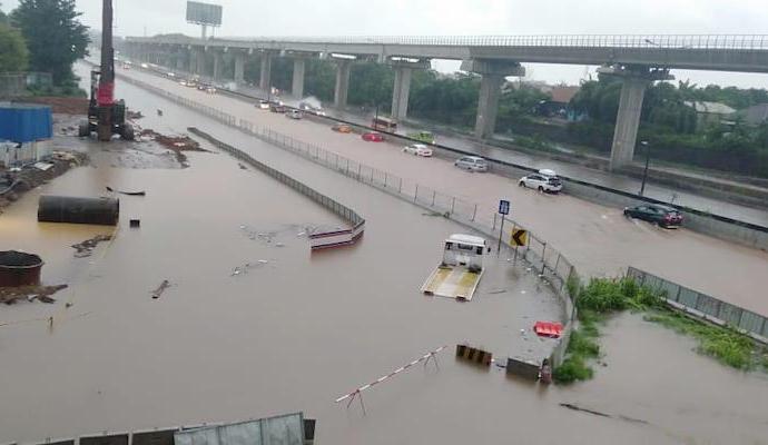 Banjir Jabodetabek Telan 16 Korban Jiwa