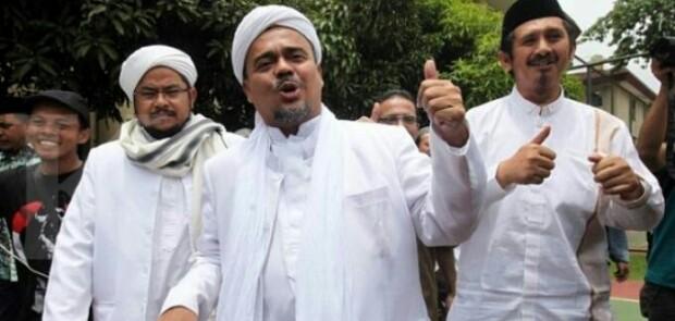 Emak-emak Adukan Kasus Dugaan Kriminalisasi Habib Rizieq ke Rumah Aspirasi