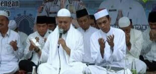 Demi NKRI, Ustad Arifin Mohon UAS Mau Jadi Cawapres Prabowo