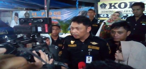Ratna Serumpaet Akan dilaporkan Polisi oleh GL Pro 08