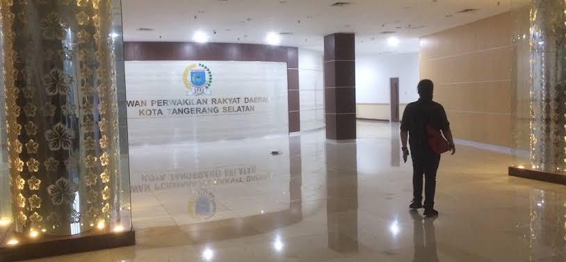 Tuntut Dana Aspirasi DPRD Digeser, Warga Tangsel: Saat ini Kami Butuh Makan