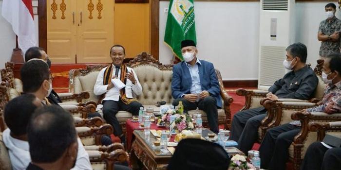 Kunjungi Aceh, Menteri Bahlil Lahadalia Bahas Perkembangan Investasi