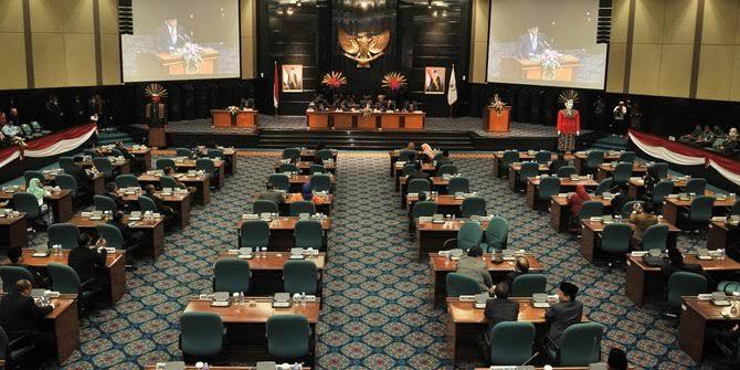 Anggota Dewan Curhat ke Anies Soal Beratnya Persaingan Pileg 2019